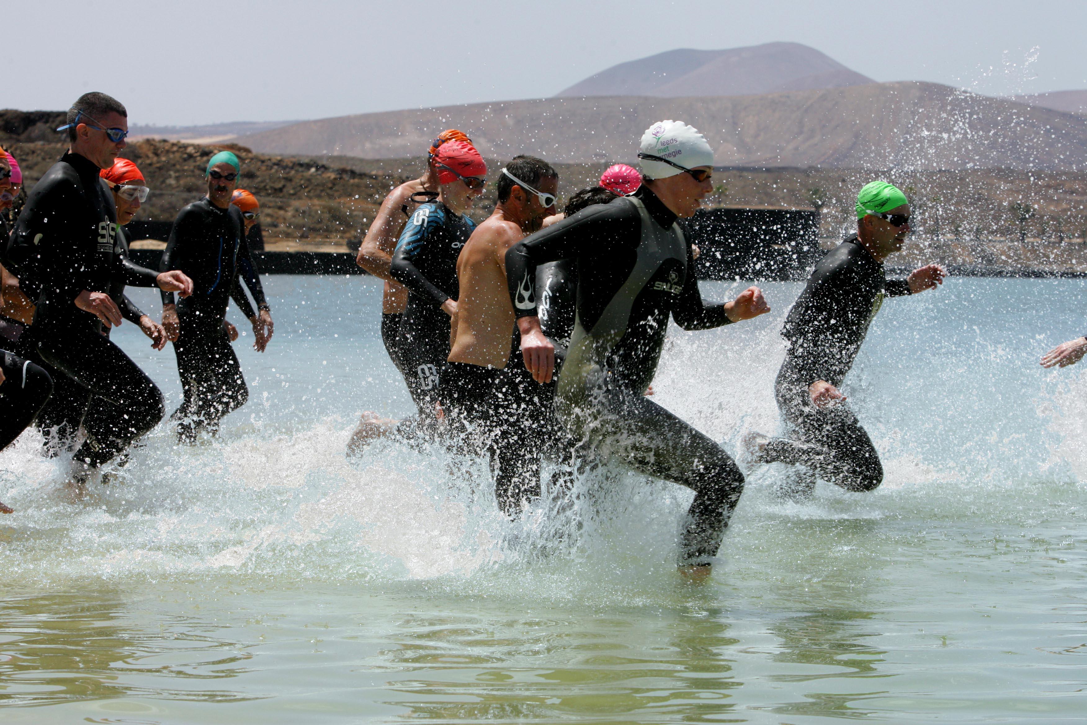 OPEN WATER SWIM CAMP SwimForTri